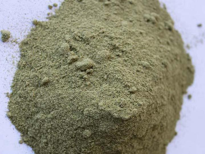 Dry herbal powder