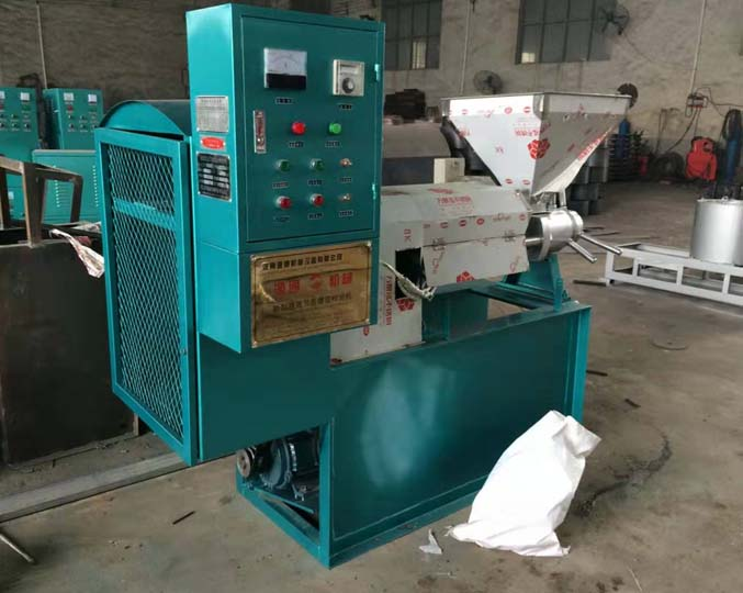 oil pressing machine in factory