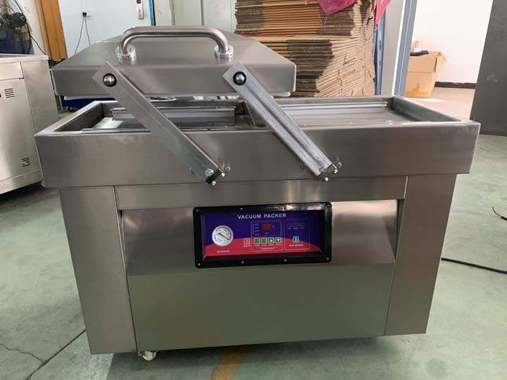 double-chamber vacuum packaging machine
