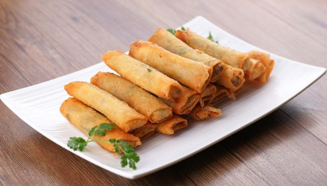 spring rolls lumpia wrappers