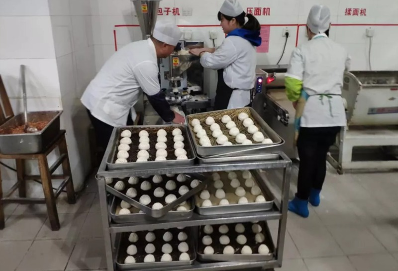 food store with the commercial bun making machine