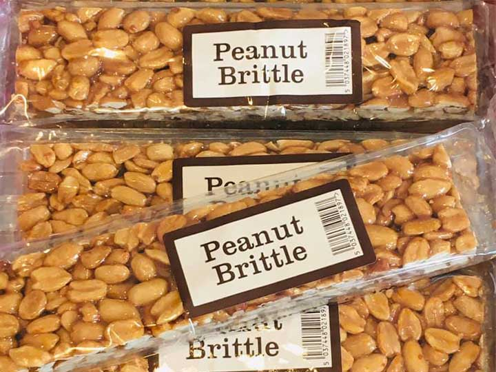 peanut brittles processed by cutting machine