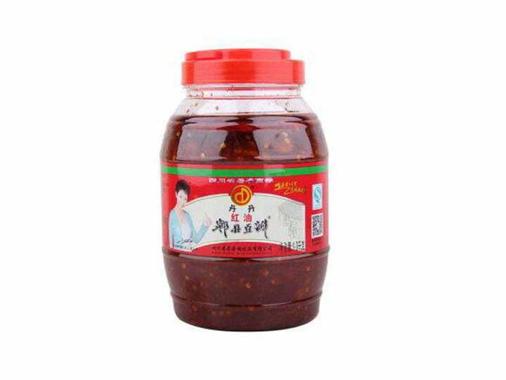 plastic-bottled chili sauce