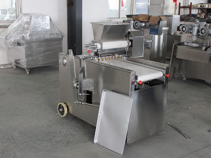 cookie dropping machine with trays